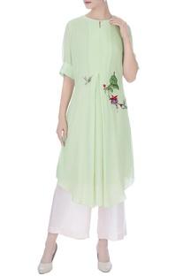 Light green bird & bud hand embroidered kurta