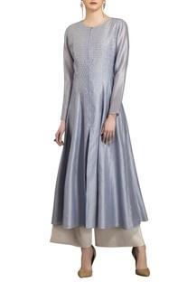 Slate grey chanderi hand-embroidered kurta with slip