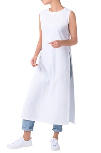 White androgynous sleeveless double slit kurta