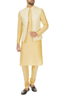 Beige linen solid kurta with churidar & printed bundi