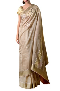 Beige-gold hand-embroidered maheshwari silk sari with blouse fabric