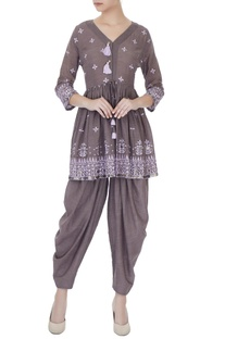 Grey cotton thread embroidered kurta with salwar pants