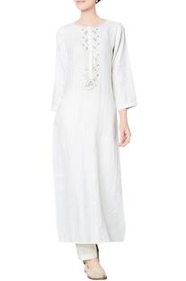 White linen dobby kurta