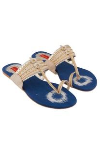 Blue & beige kolhapuri sandals