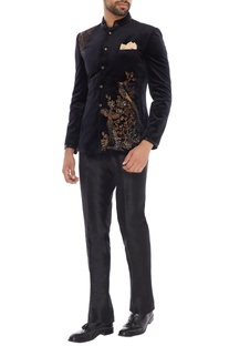 Navy blue velvet bird embroidered bandhgala with trousers & pocket square