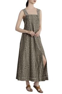 Grey malwari linen abstract printed slip dress