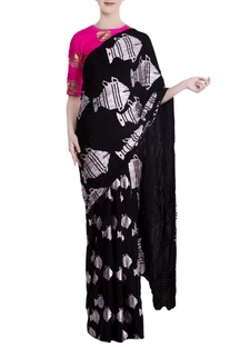 Black heritage fish motif saree with pink blouse piece