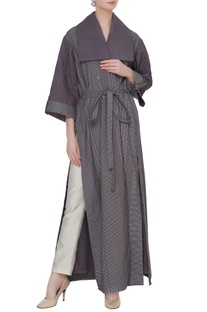 Grey organic poplin quilted collar & barcode line print trench coat