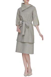 Olive grey organic poplin quilted tunic with printed bartha collar