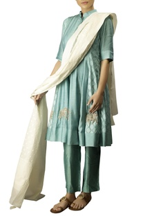 Aqua soft silk elephant embroidered kurta with thin kora pants & off white dobby dupatta