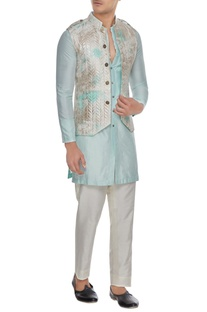 Off white & aqua blue tie dye & metallic quilted bundi with kurta