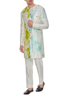 Off white front open tie dye kurta with trousers
