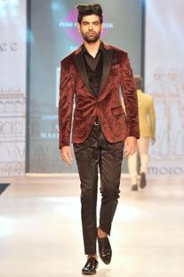 Maroon & black printed velvet tuxedo