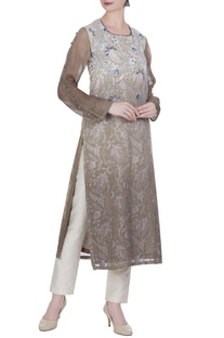 Shaded tunic with a hand embroidered detailed