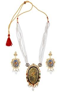 Faux pearl navrattan necklace & earrings
