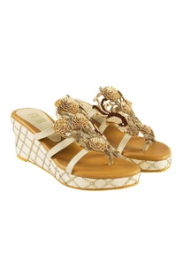 White fabric & pu sansa brown french knotted wedges
