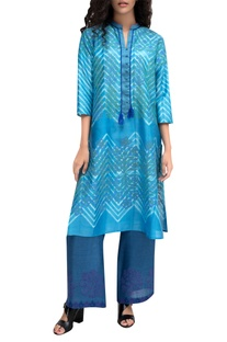 Blue tie-dye chanderi kurta with block printed detailing