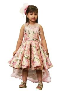 Asymmetric frill dress with trail