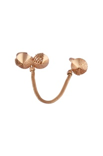 Double disc finger ring