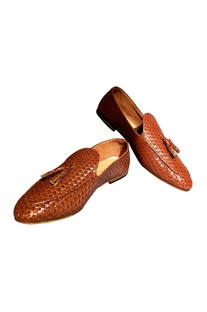 Brown non-leather woven handcrafted loafers