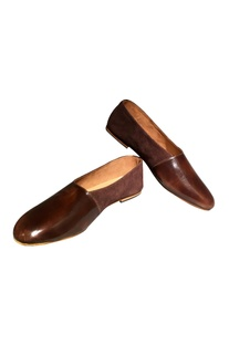 Brown woven leather handcrafted flip side shoes