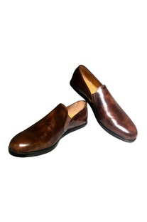 Brown leather handcrafted v-loafer