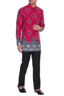 Magenta & grey agni printed kurta shirt