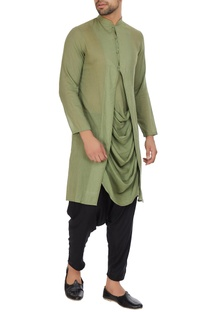 Green mulmul cowl pleated layer kurta