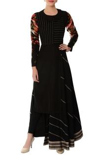 Black asymmetric embroidered kurta