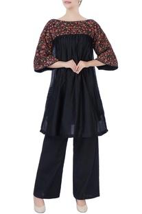 Black floral embroidered kurta & pants