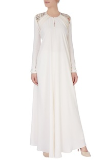 White fitted embroidered long kurta