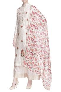 White floral embroidered kurta set