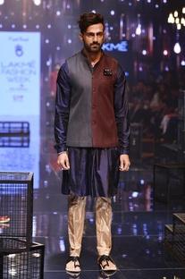 Navy kurta & champagne breech pants with bandi