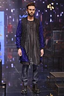 Silk kurta set with breech pants