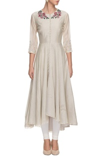 Off-white embroidered long kurta