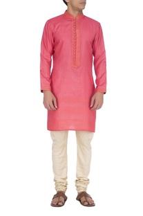 Pink textured kurta