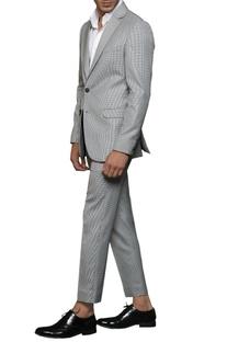 Grey notch-collared blazer