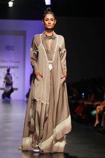 Grey & white embroidered long kaftan dress