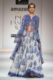 White & blue printed skirt with jacket set