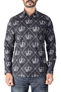 Black crown printed shirt