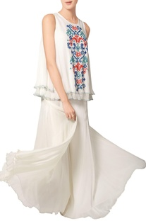 White double layered embroidered top