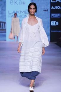 White linen printed jacket