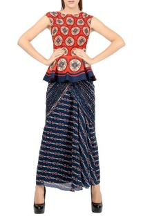 Red printed peplum top & navy blue sari