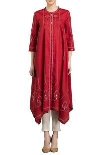 Red & ivory screen printed kurta with pants