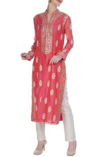 Thread & gota embroidered kurta