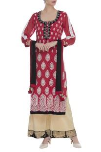 Chikan embroidered straight fit kurta set