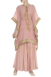 Zari embroidered kaftan style kurta set
