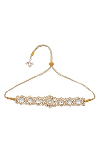 Kundan choker with adjustable string