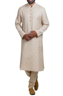 Jaal embroidered kurta set