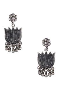 Lotus floral shape long earrings